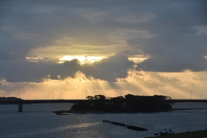 迫る雨雲にあせったぜ (^_^;) _c0049299_17531351.jpg