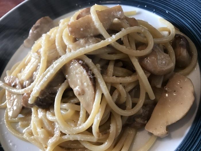 フレッシュポルチーニ茸のスパゲッティ¥2300_e0252173_16293510.jpg