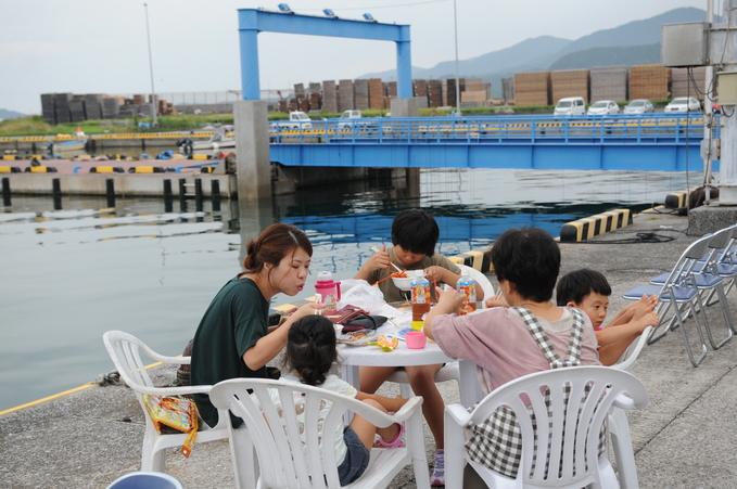 伊勢海老 串間市今町漁港 170924 003_a0043276_4391483.jpg