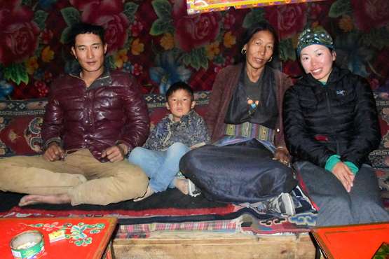 チベット・ヒマラヤの映画を見る会_e0111396_1455388.jpg