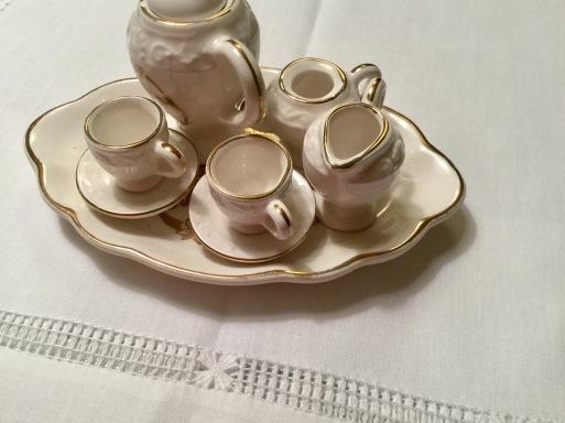 お茶でひと息ついて_b0210699_03124249.jpg