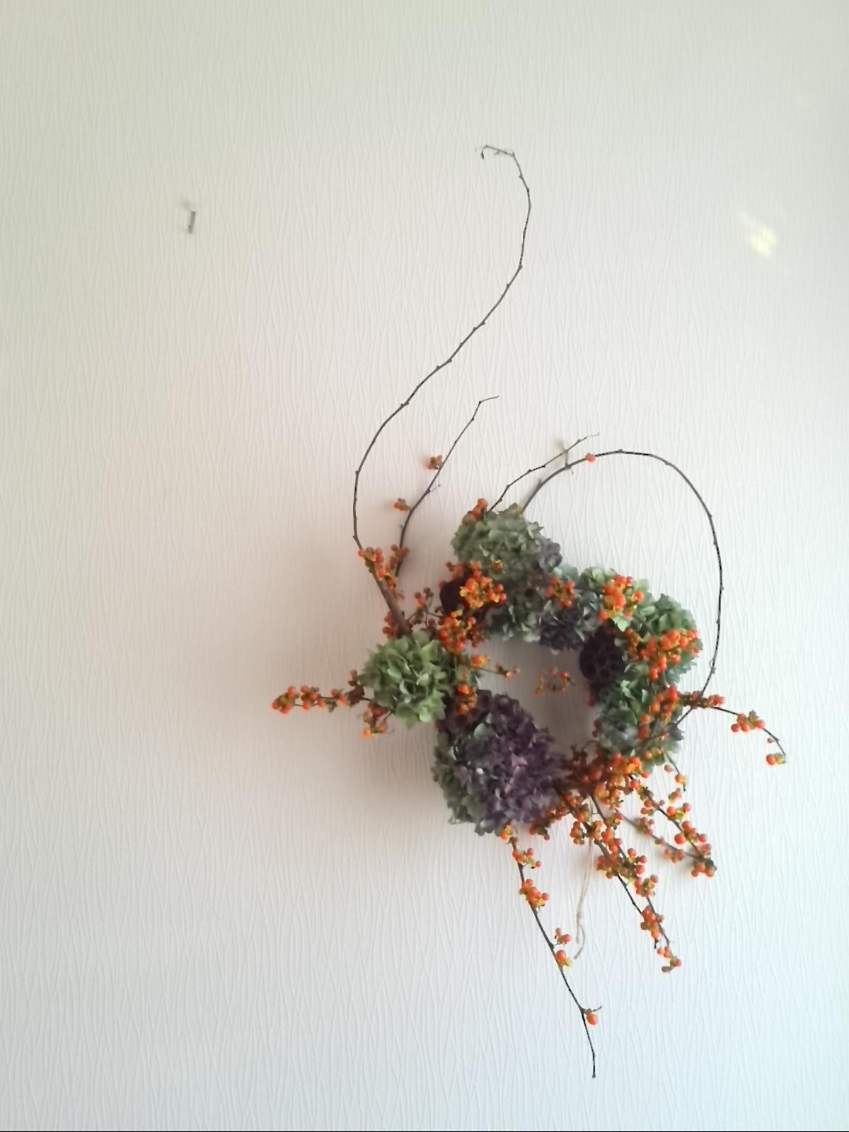 楽しくって美しくって感動! 初めて作った生花のリース♡_f0340942_22015558.jpg