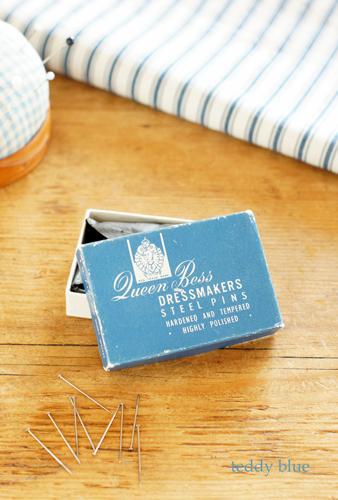 vintage dressmakers pins  ヴィンテージ ドレスピン_e0253364_23362643.jpg