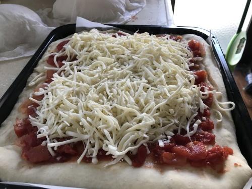 Pizza night._c0153966_20340122.jpg