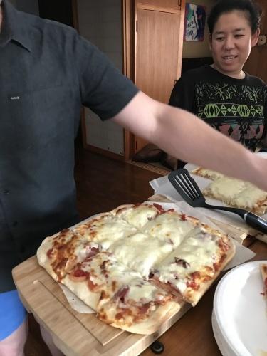 Pizza night._c0153966_20544291.jpg
