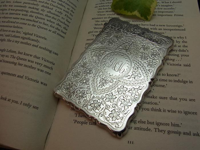 美しいシルバー・カードケース.........George Unite_d0127182_16011168.jpg