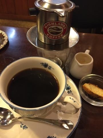 喫茶 1er ぷるみえ (鶏肉ガパオライスにマヨジェノベーゼソース)_e0115904_16023650.jpg