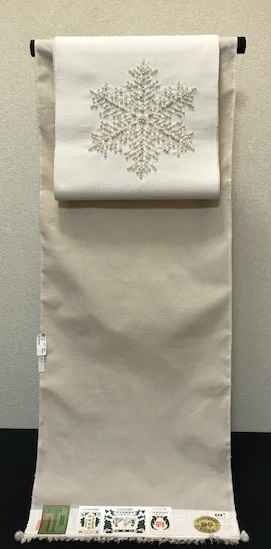 雪の結晶八寸+石下結城紬+小物・サローネ荷物発送。_f0181251_18283742.jpg