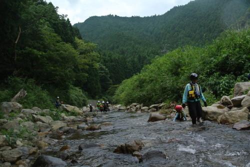 伊賀へ・木津川でシャワークライミング_e0008880_09072529.jpg
