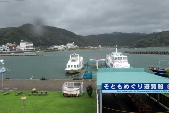 雨の小浜港_e0048413_19495571.jpg