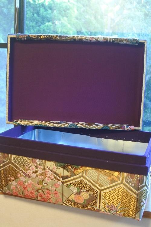 9月レッスン茶箱作品紹介とピアノ椅子張替_b0242032_20251229.jpg