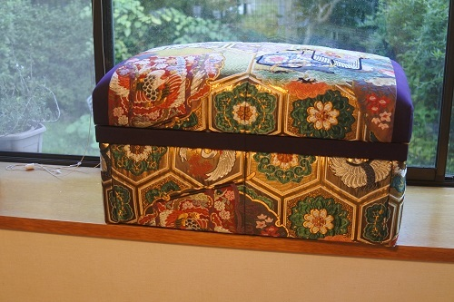 9月レッスン茶箱作品紹介とピアノ椅子張替_b0242032_20270832.jpg