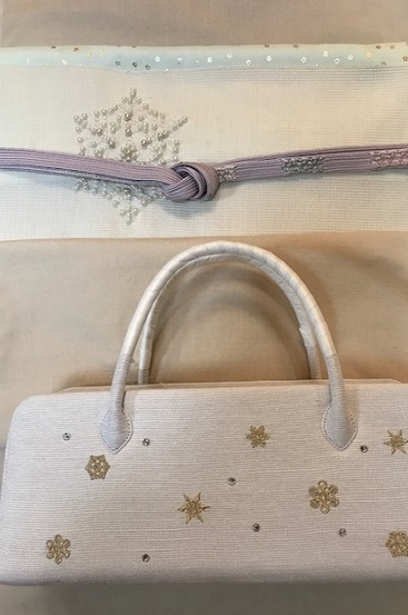 雪の結晶帯+雪の結晶バッグ+藤井絞雪の結晶羽織。_f0181251_1771444.jpg