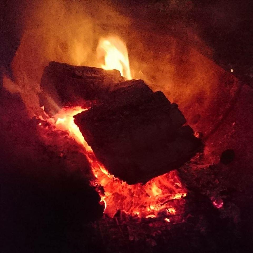 「青紫蘇の実の塩漬け」作り「柿ジャム」作りと、栗の渋皮煮の販売開始。_a0125419_06461280.jpg