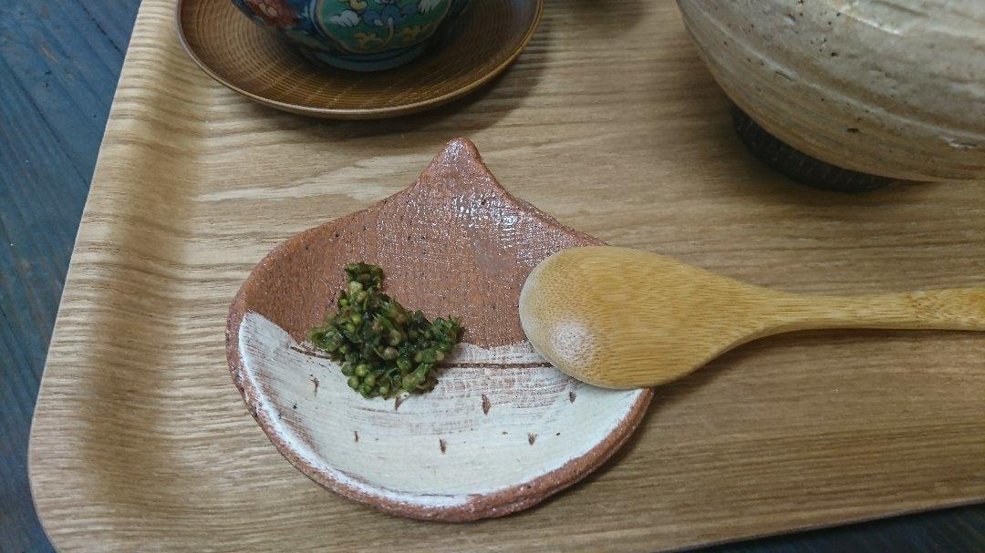 「青紫蘇の実の塩漬け」作り「柿ジャム」作りと、栗の渋皮煮の販売開始。_a0125419_07032438.jpg