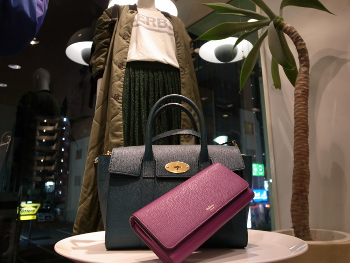 MULBERRY ENGLAND SMALL BAYSWATER×CONTINENTAL WALLET_f0111683_19293463.jpg