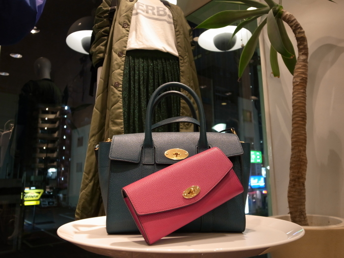 MULBERRY ENGLAND SMALL BAYSWATER×DERLEY WALLET_f0111683_19343024.jpg
