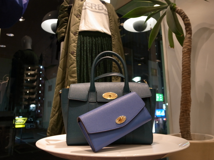 MULBERRY ENGLAND SMALL BAYSWATER×DERLEY WALLET_f0111683_19350262.jpg