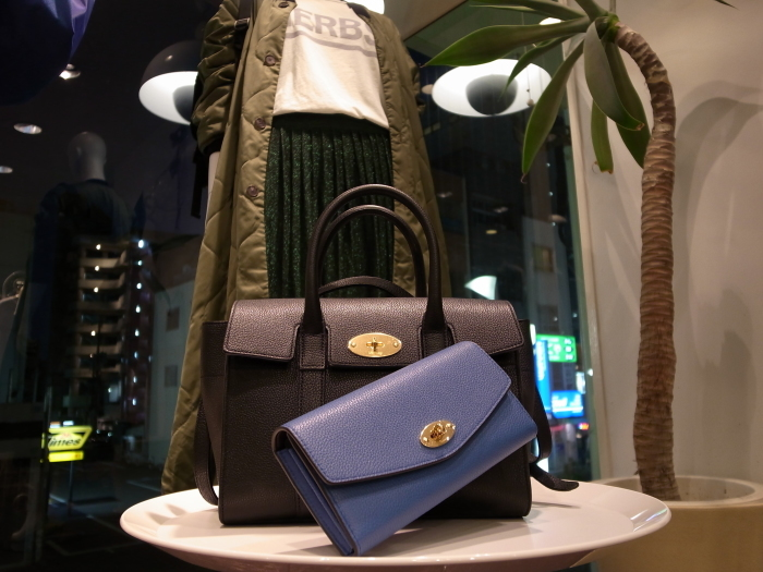 MULBERRY ENGLAND SMALL BAYSWATER×DERLEY WALLET_f0111683_19355723.jpg