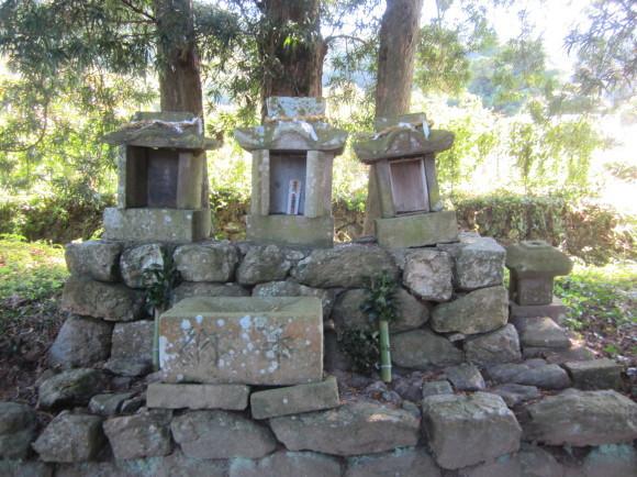 田主丸の阿蘇神社は橘の紋_a0237545_14215700.jpg