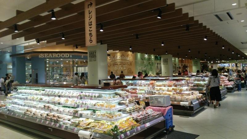 ヤオコーララポート富士見店 -おしゃれなフードマーケット-_e0199780_22325474.jpg