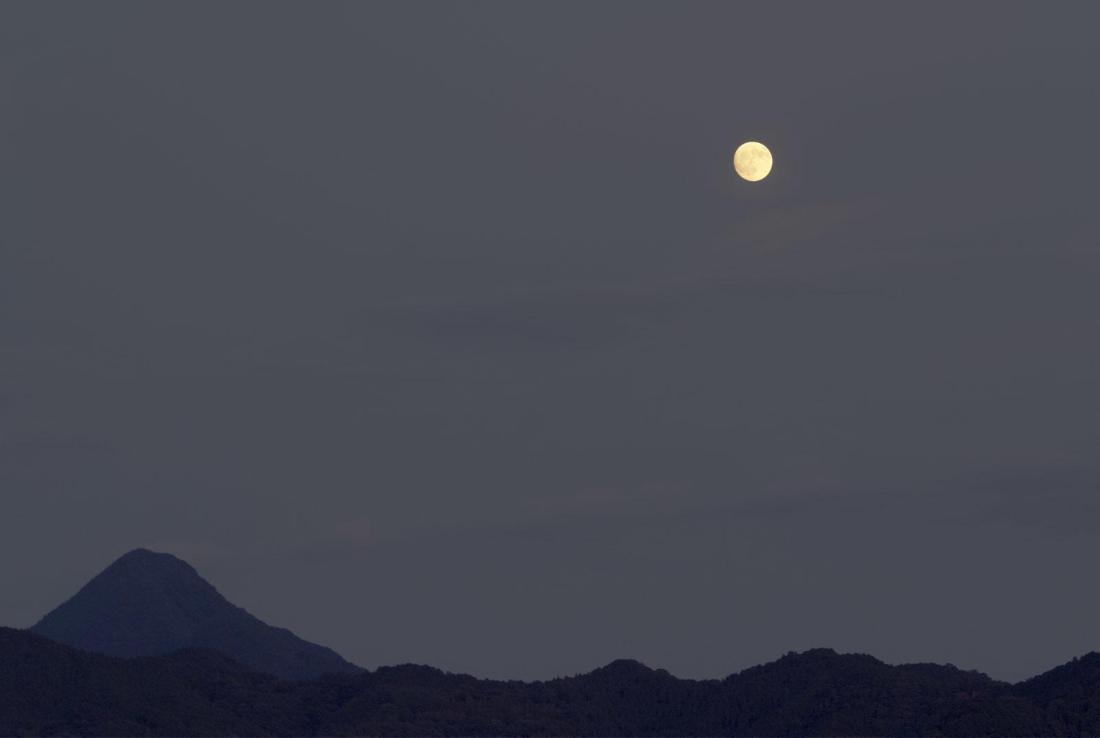 中秋の名月_e0174091_13433456.jpg