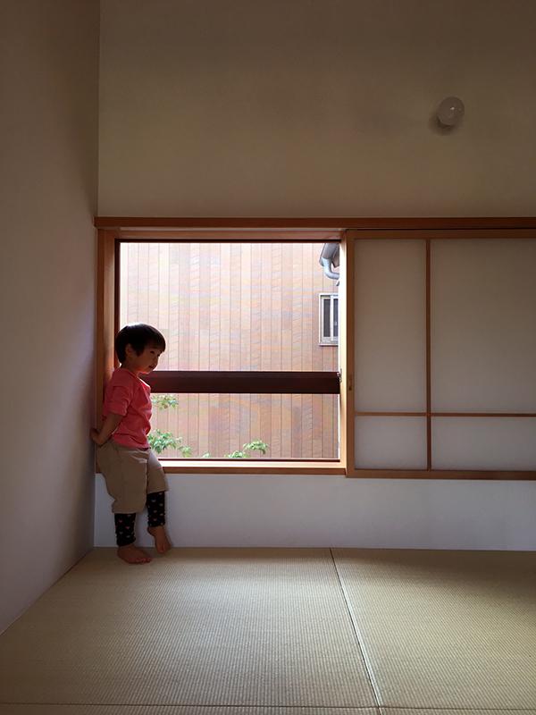 三鷹の家の窓 続き_b0038919_13393647.jpg