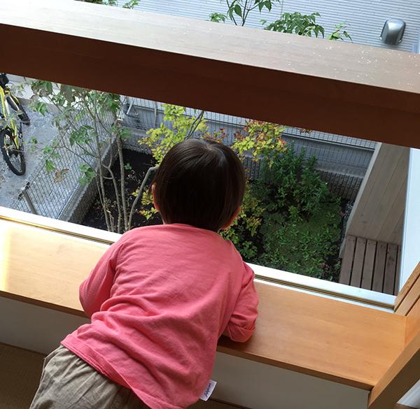 三鷹の家の窓 続き_b0038919_13485610.jpg