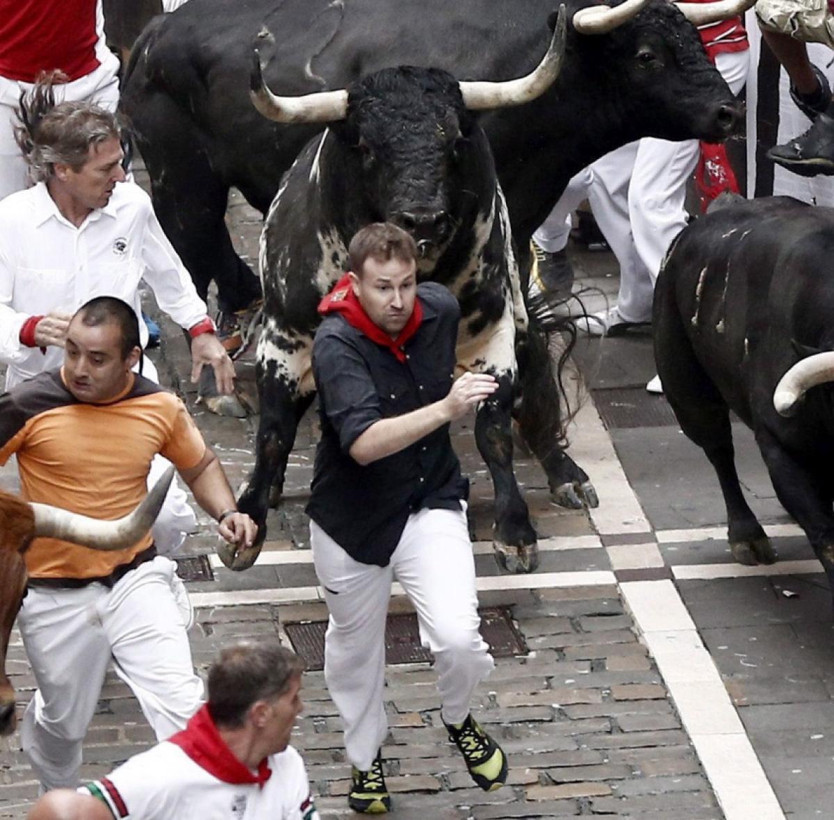 牛追い祭りの街  パンプローナ_a0092659_11550174.jpg