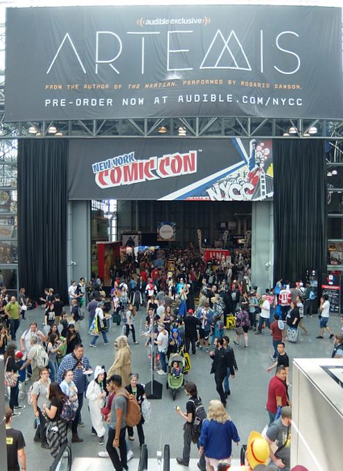 初日の朝から大盛況のNew York Comic Con 2017_b0007805_149332.jpg