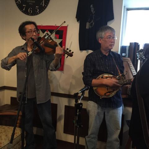 本日10月7日Bluegrass 月1回のJam会!_d0225380_00475903.jpg