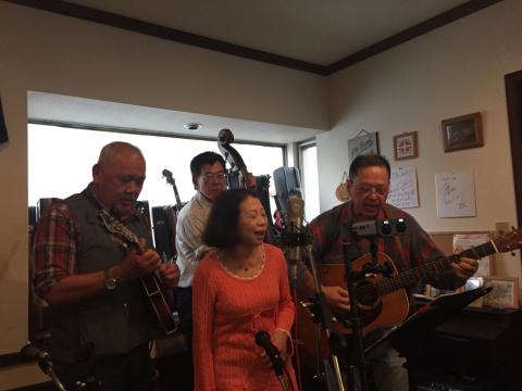 本日10月7日Bluegrass 月1回のJam会!_d0225380_00480059.jpg