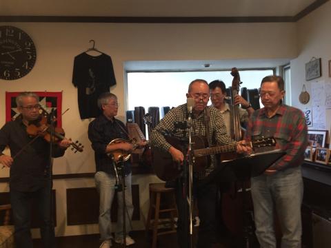 本日10月7日Bluegrass 月1回のJam会!_d0225380_00480361.jpg