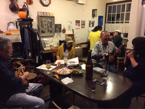 本日10月7日Bluegrass 月1回のJam会!_d0225380_10001038.jpg