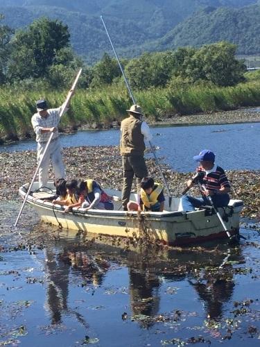 たらい舟に乗ってみよう! in近江舞子内湖_e0008880_10294770.jpg