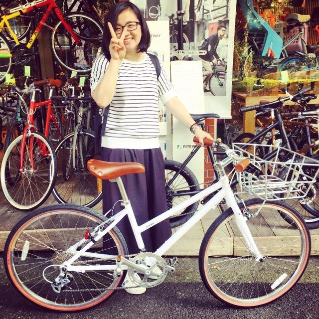 ☆今日のバイシクルガール☆ 自転車女子 自転車ガール ミニベロ クロスバイク ライトウェイ トーキョーバイク シュウイン ラレー ブルーノ おしゃれ自転車 マリン ターン_b0212032_20430675.jpg