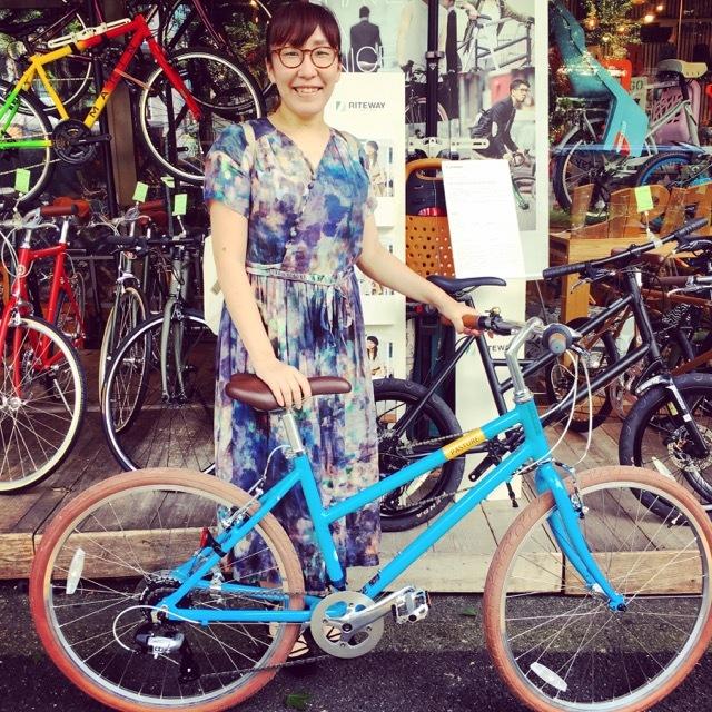 ☆今日のバイシクルガール☆ 自転車女子 自転車ガール ミニベロ クロスバイク ライトウェイ トーキョーバイク シュウイン ラレー ブルーノ おしゃれ自転車 マリン ターン_b0212032_20440570.jpg