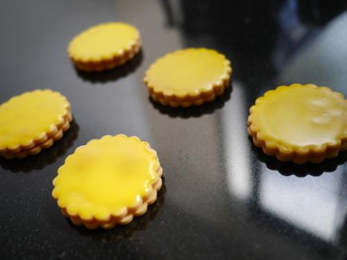 レモン風味のサブレ_c0352090_15472079.jpg