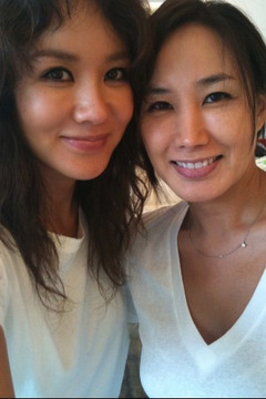 韓国のマドンナ!女優としても活躍 オムジョンファ、奇跡の48歳。 整形もスッピンもオープンに。がんを克服!_f0158064_04310382.jpg