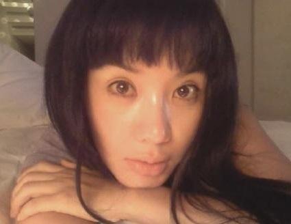 韓国のマドンナ!女優としても活躍 オムジョンファ、奇跡の48歳。 整形もスッピンもオープンに。がんを克服!_f0158064_04310494.jpg