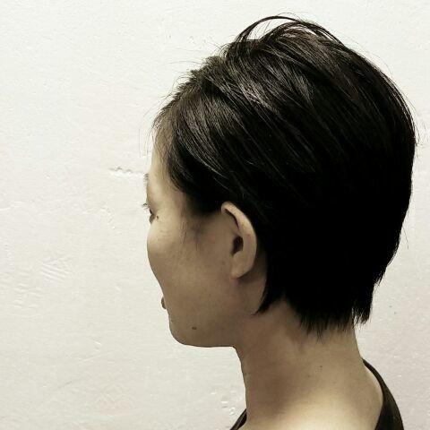 最近の髪型!!! ウルフからのボブ・・・!!!_a0272765_20453577.jpg