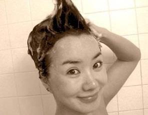韓国のマドンナ!女優としても活躍 オムジョンファ、奇跡の48歳。 整形もスッピンもオープンに。がんを克服!_f0158064_02245926.jpg