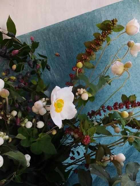オークリーフ(秋の草花と実物の花束)_f0049672_16413050.jpg