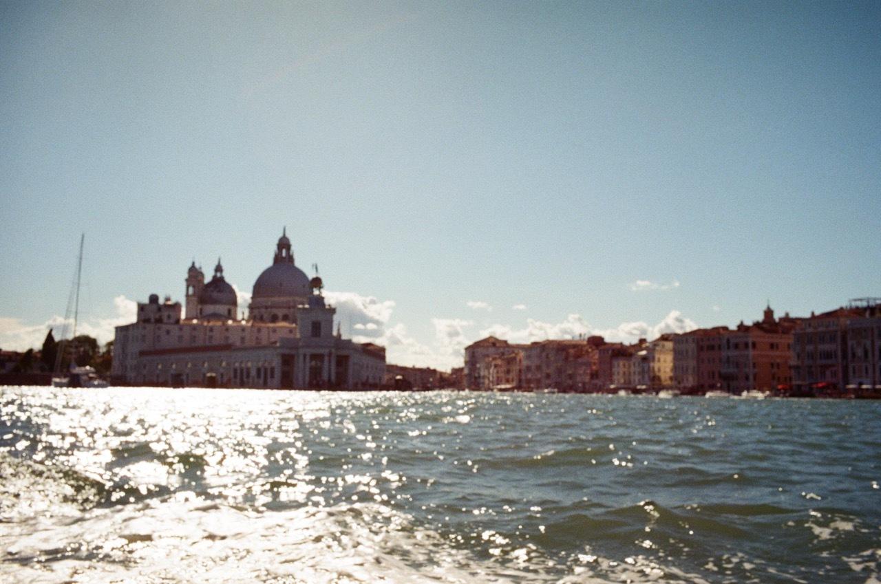DAY TRIP to Venice_f0170995_11535063.jpg