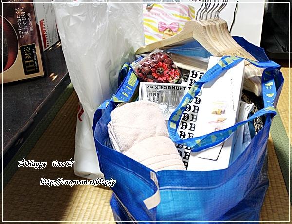 煮込みハンバーグ弁当と初IKEA♪_f0348032_18572109.jpg