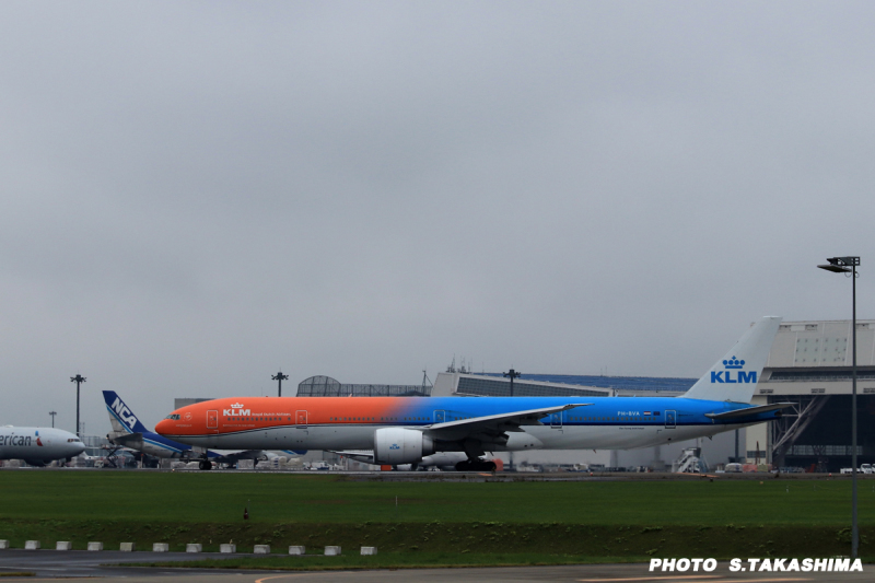 KLMオレンジプライド_b0368378_21022409.jpg
