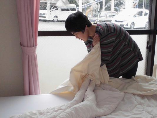 10/14 シーツ交換、手洗い、体操_a0154110_08462505.jpg