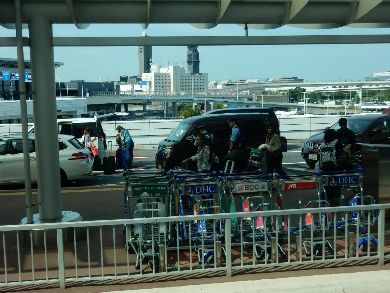 中国「白タク」問題の解決にはITや金融、交通行政などの専門家の知恵の結集が欠かせない_b0235153_13383597.jpg