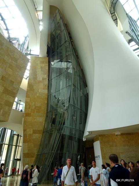 ビルバオ グッゲンハイム美術館_a0092659_17572787.jpg