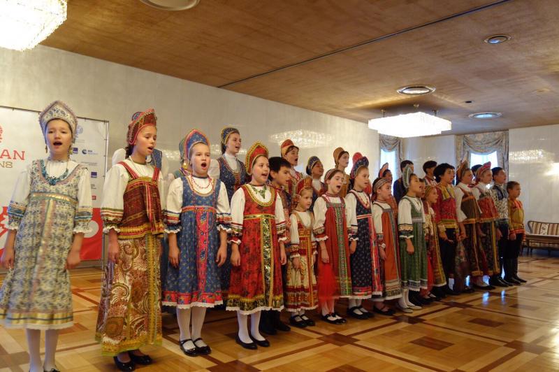 ロシア大使館公邸でのお茶会_c0195496_00183007.jpg